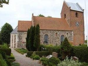 slaglille kirke1